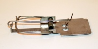 Мышеловка металлическая