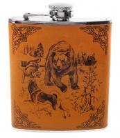 """Фляга металлическая в кожаной отделке с рисунком """"Медведь и собаки"""" арт.617258"""